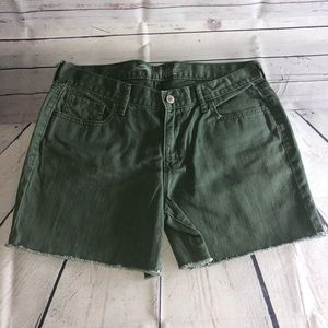 Old Navy Woman's Green Jean Shorts Size 8